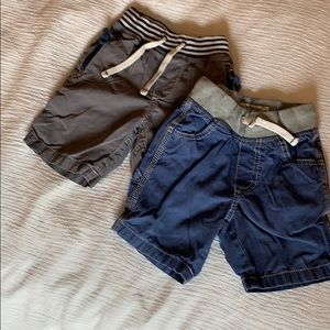 Mini Boden 2 pairs of 2T shorts